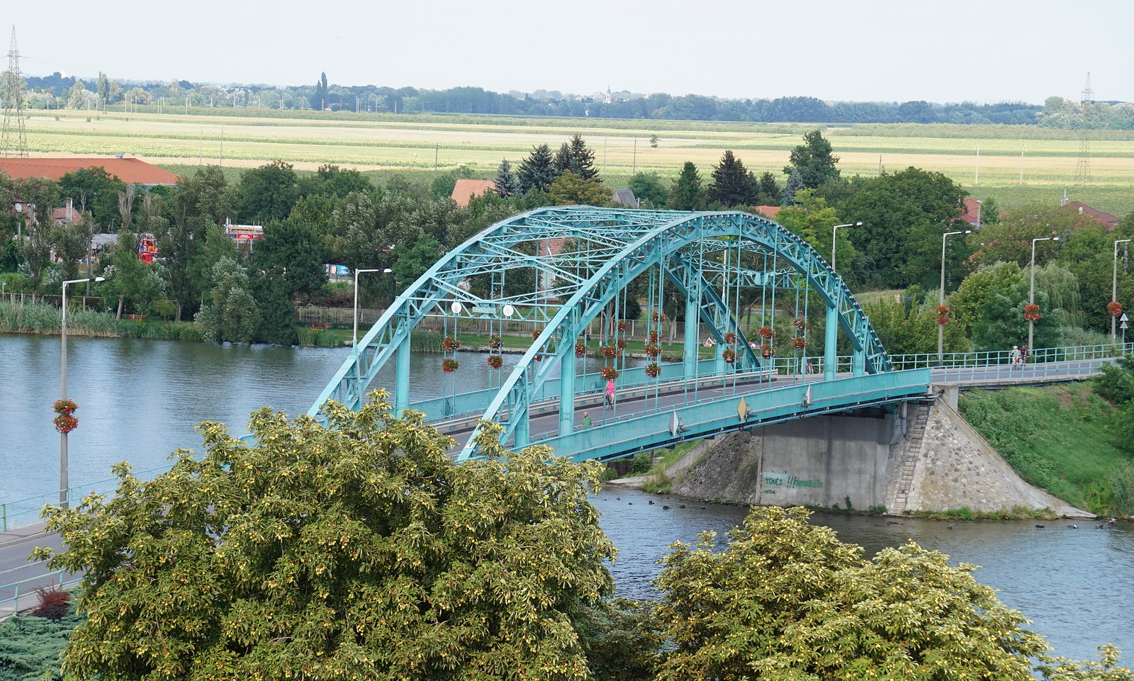 Ahol újjászületett Szeged felrobbantott hídja