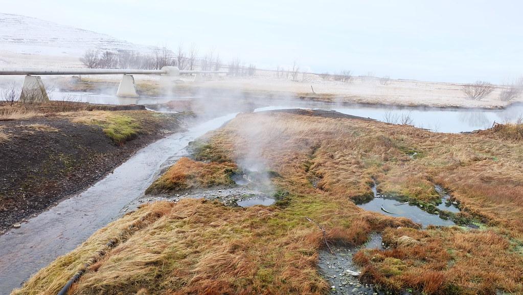 冰島蘊藏許多地熱,地熱發展普遍,13%的冰島電力來自地熱。攝影:陳文姿