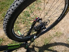 Brake caliper alignment during ride