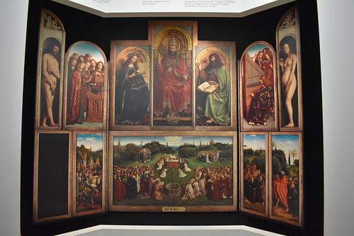 """Panel frontal de """"La Adoración del Cordero Místico"""""""
