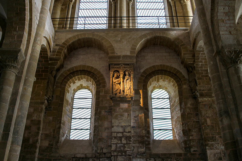 interior de Abadia de Saint-Foy