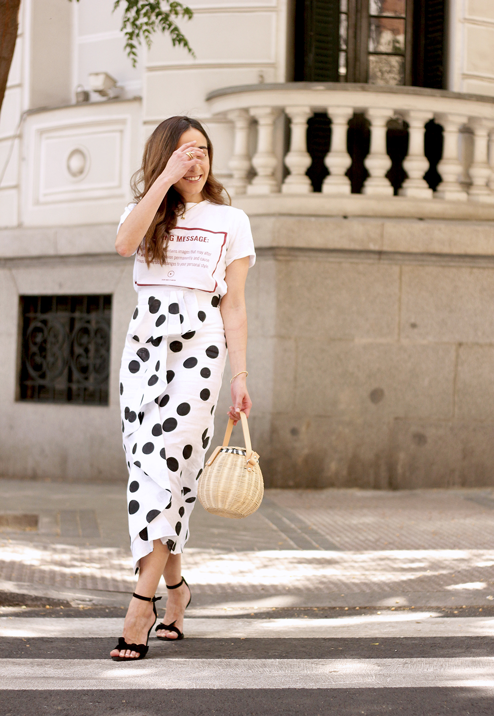 midi linen polka dots skirt black heels street style outfit 20198