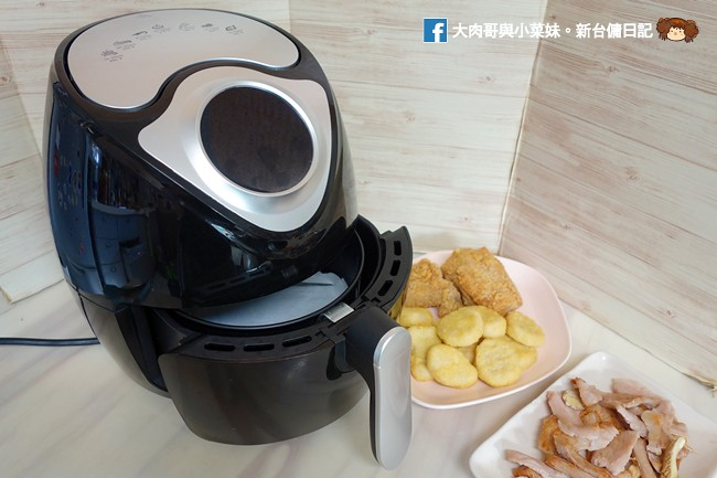 《淘寶必買2019》科帥AF-106智能氣炸鍋~牛排/魚肉/烘蛋/烤肉/蛋糕,觸控式螢幕,一鍵料理!平價就能兼具美味健康