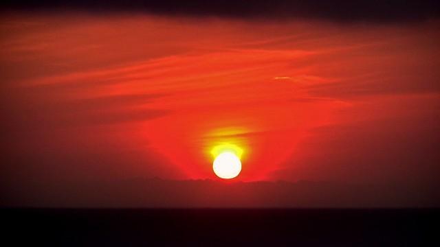 INDONESIEN, Bali -  Sonnenuntergang am Meerestempel Pura Tanah Lot /Sonnenuntergang-Studien, 18231/11512