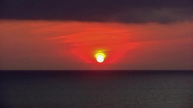 INDONESIEN, Bali -  Sonnenuntergang am Meerestempel Pura Tanah Lot /Sonnenuntergang-Studien, 18229/11510
