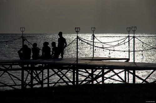 sunset people sea ocean mauritius maradiva flicenflac deck dusk sun pentax pentaxk3ii pentaxart pentaxlens pentax18135 friends looking