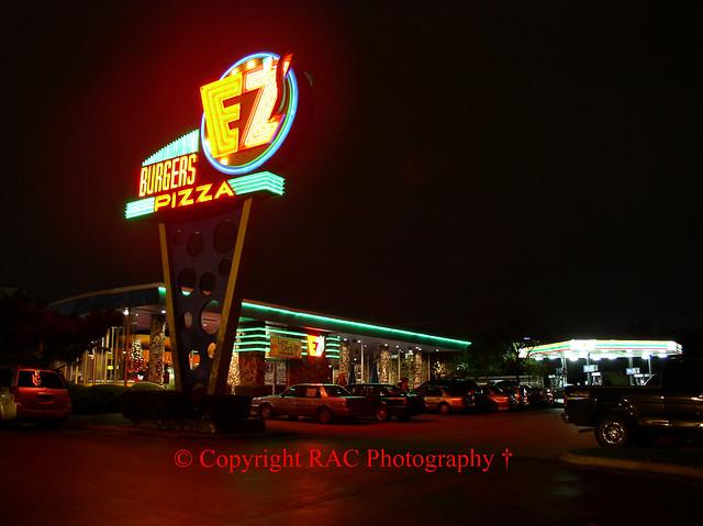 (Originally) Kips Big Boy lka EZ's Burgers & Pizza - Dallas Tx Photo #1 Demolished