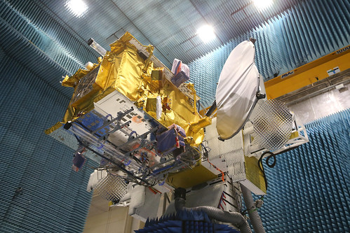 EUTELSAT QUANTUM in the compact antenna test range facility at Airbus Defence and Space (Toulouse, France)   by Eutelsat_SA
