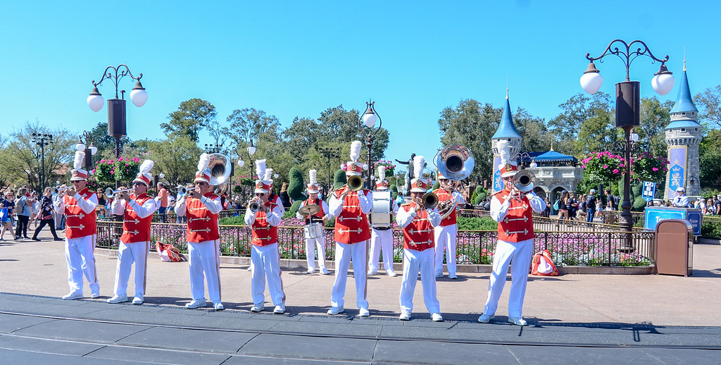Magic Kingdom marching band MK