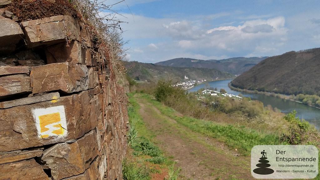 Trockenmauer bei Hatzenport