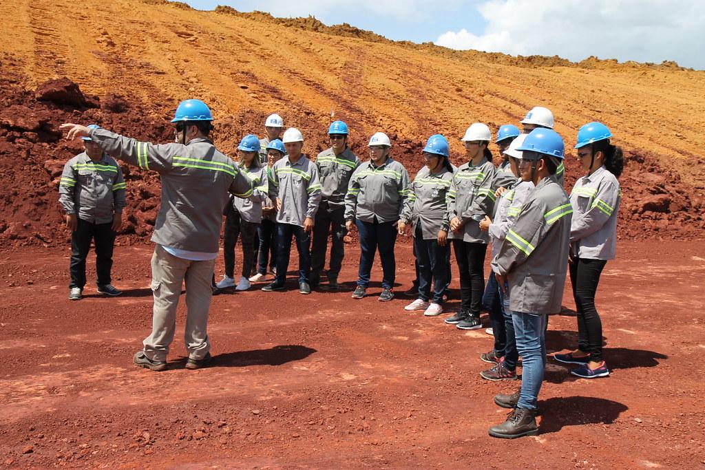 Alcoa mostra instalações da mina em Juruti a acadêmicos do Iespes, de Santarém, Alcoa - Juruti - Visitantes conheceram a área de lavra