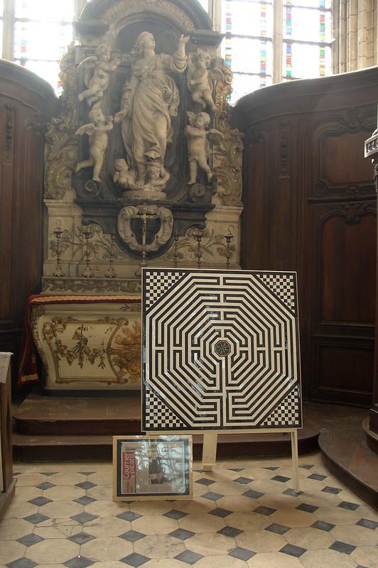 Схема Амьенского Лабиринта, Амьенский собор, Амьен, Франция