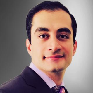 Portrait photograph of Dr Arman Hassanniakalager.