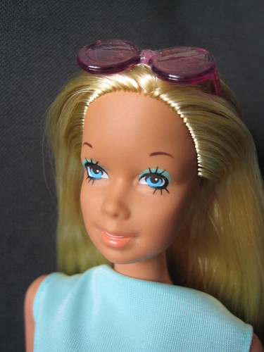 Barbie Faces - Page 3 47575447802_a0456f6e6d