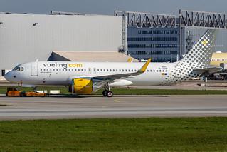 D-AXAR // Vueling // A320-271N // MSN 8927 // EC-NDB | by Martin Fester - Aviation Photography