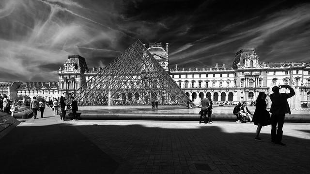 F3104 ~ The joy of being in Paris