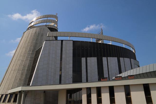 Msza Krzyżma św. w Sanktuarium Bożego Miłosierdzia w Łagiewnikach   Abp Marek Jędraszewski, 18.04.2019