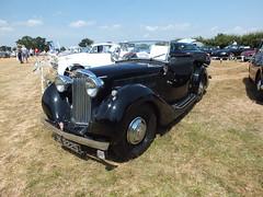 JK 8225 a 1939 1185cc Sunbeam Talbot 10