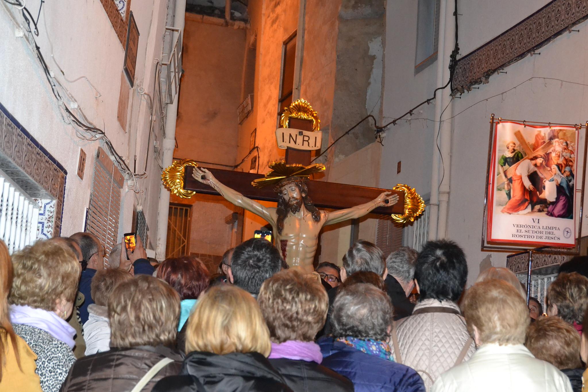(2019-04-12) - X Vía Crucis nocturno - Diario El Carrer (09)
