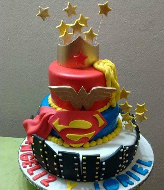 Cake by Jane's Cakes