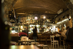 Draw bar, Trieste