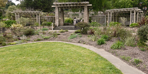 Botanical Gardens SR600488