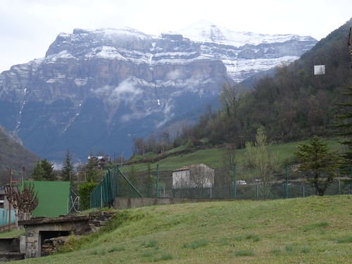 Pico Mondarruego de 2845 metros