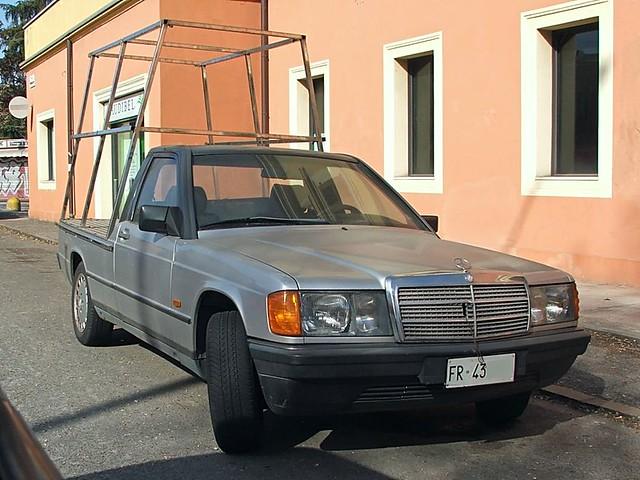 Mercedes (W201) 190 D Hearse