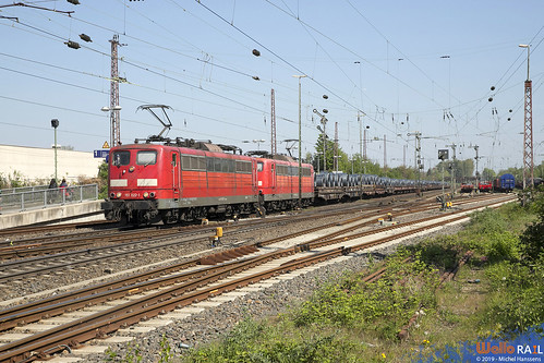 151 022 + 151 064 DB Cargo . 60717 . Düsseldorf Rath . 21.04.19.