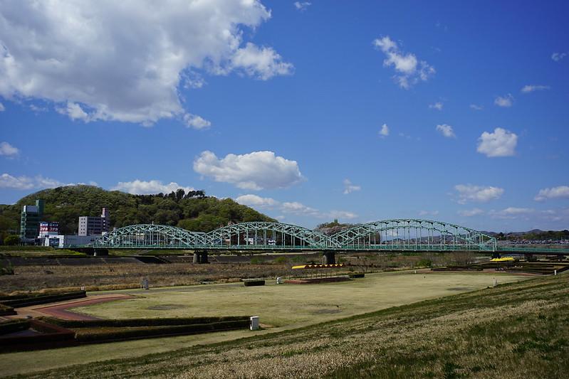 Sony α7Ⅱ+Voigtlander COLOR SKOPAR 21mm F4足利市渡良瀬川土手から見た中橋