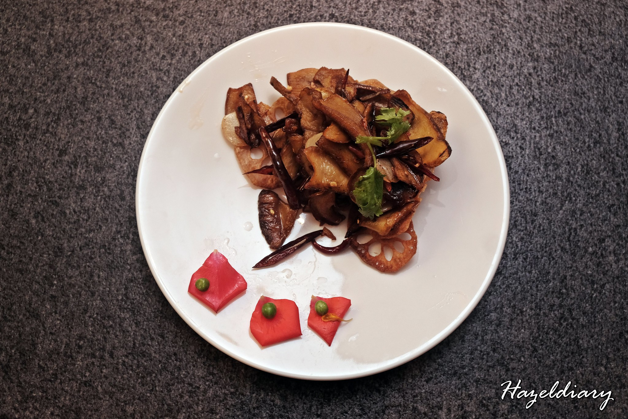 Yun Nans Jewel Changi Airport-Stir-fried Wild Porcini with Dried Chillies