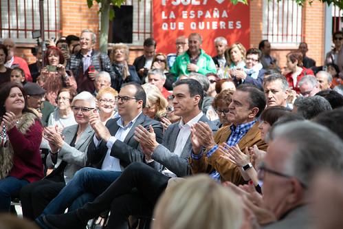 15.04.2019 Pedro Sánchez visita un centro de mayores en Leganés   by Partido Socialista
