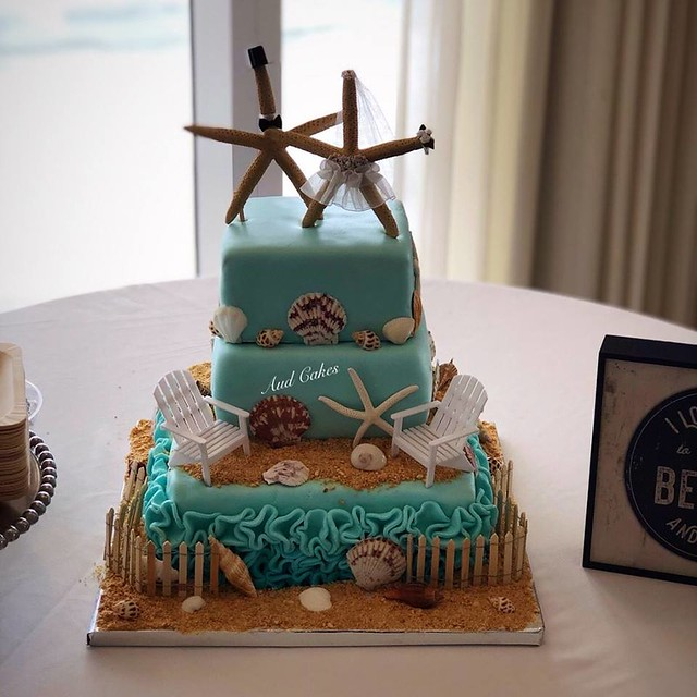 Cake by Aud Cakes