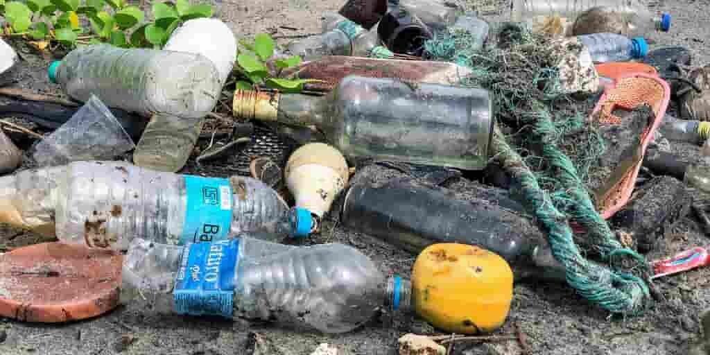 Une nouvelle sorte de plastique pour faciliter son recyclage