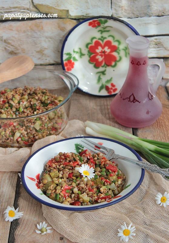mercimekli karabuğday salatası 009