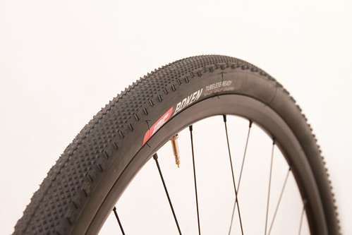 IRC TIRE / BOKEN / TUBELESS READY