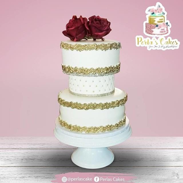 Cake by Perlas Cakes