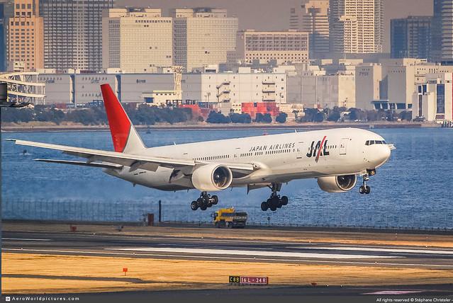 [HND.2009] #Japan.Airlines #JAL #JL #Boeing #B777 #B773 #JA8944 #awp