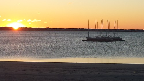 hyannis sunrise harbor boats beach