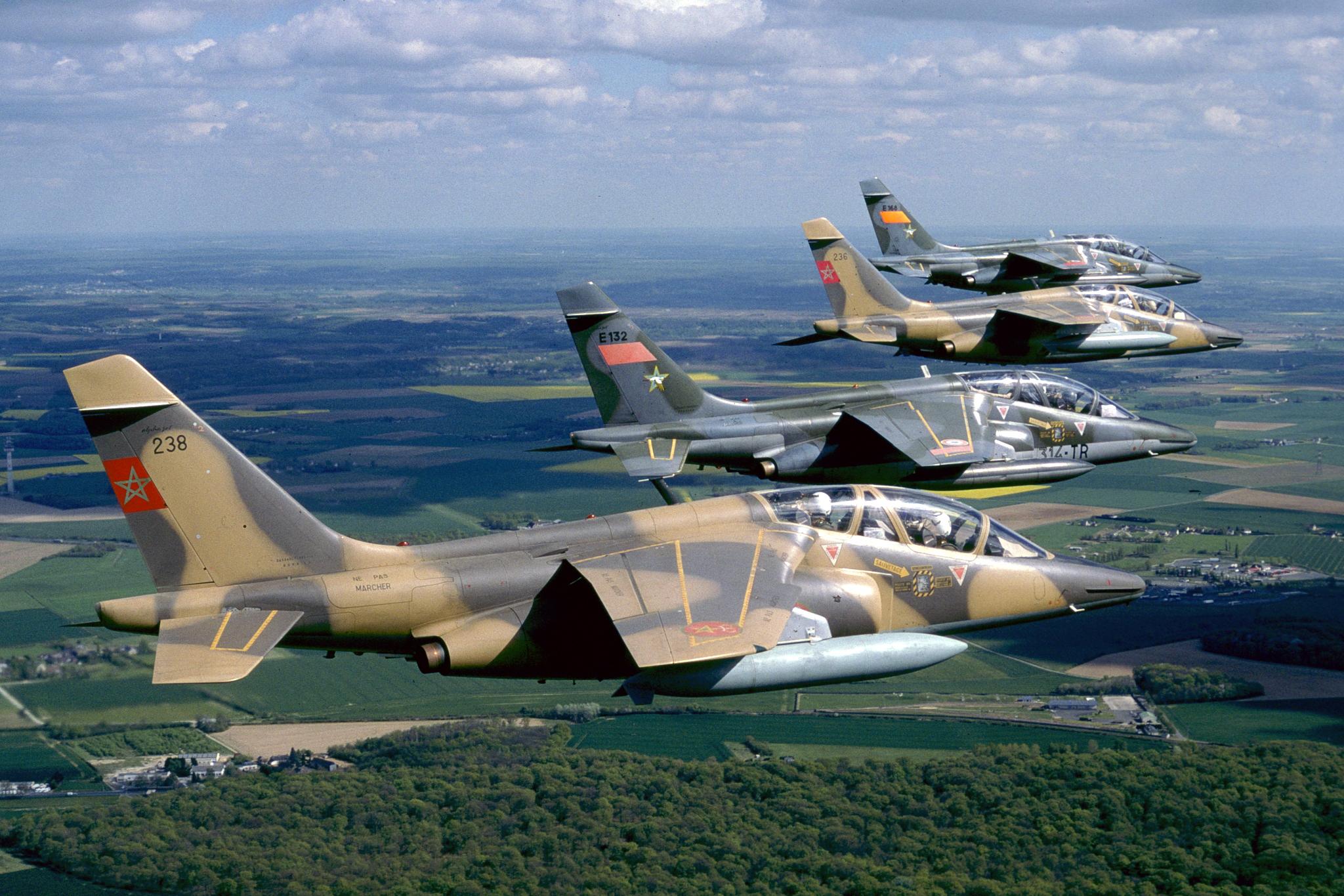 FRA: Photos avions d'entrainement et anti insurrection - Page 9 47621393282_18b2345338_o