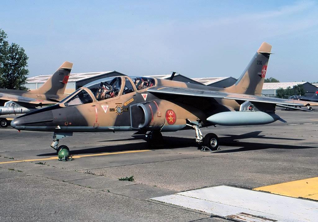FRA: Photos avions d'entrainement et anti insurrection - Page 9 47621393372_b20e41824e_o