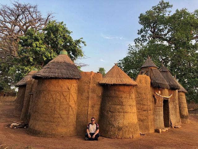 Sele en una Tata Somba de Benín