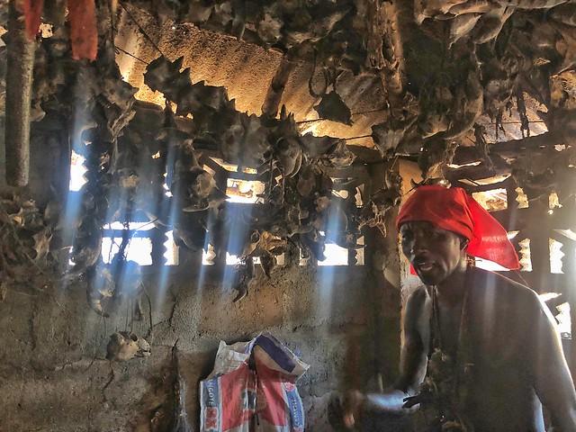 Templo vudú dedicado a Shangó en Benín