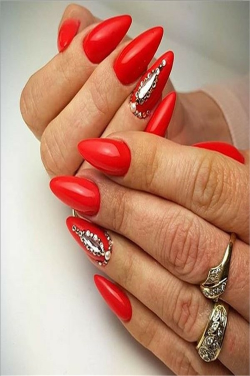 30+ Awesome Red Gel Nail Ideas To Inspire You #nail_art_designs #trendy_nails #gel_nails #red_manicure