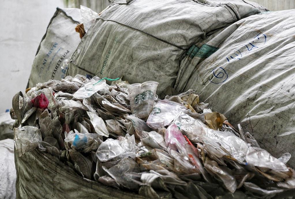 2018年1月至7月期間,馬來西亞進口了754,000公噸塑膠廢棄物