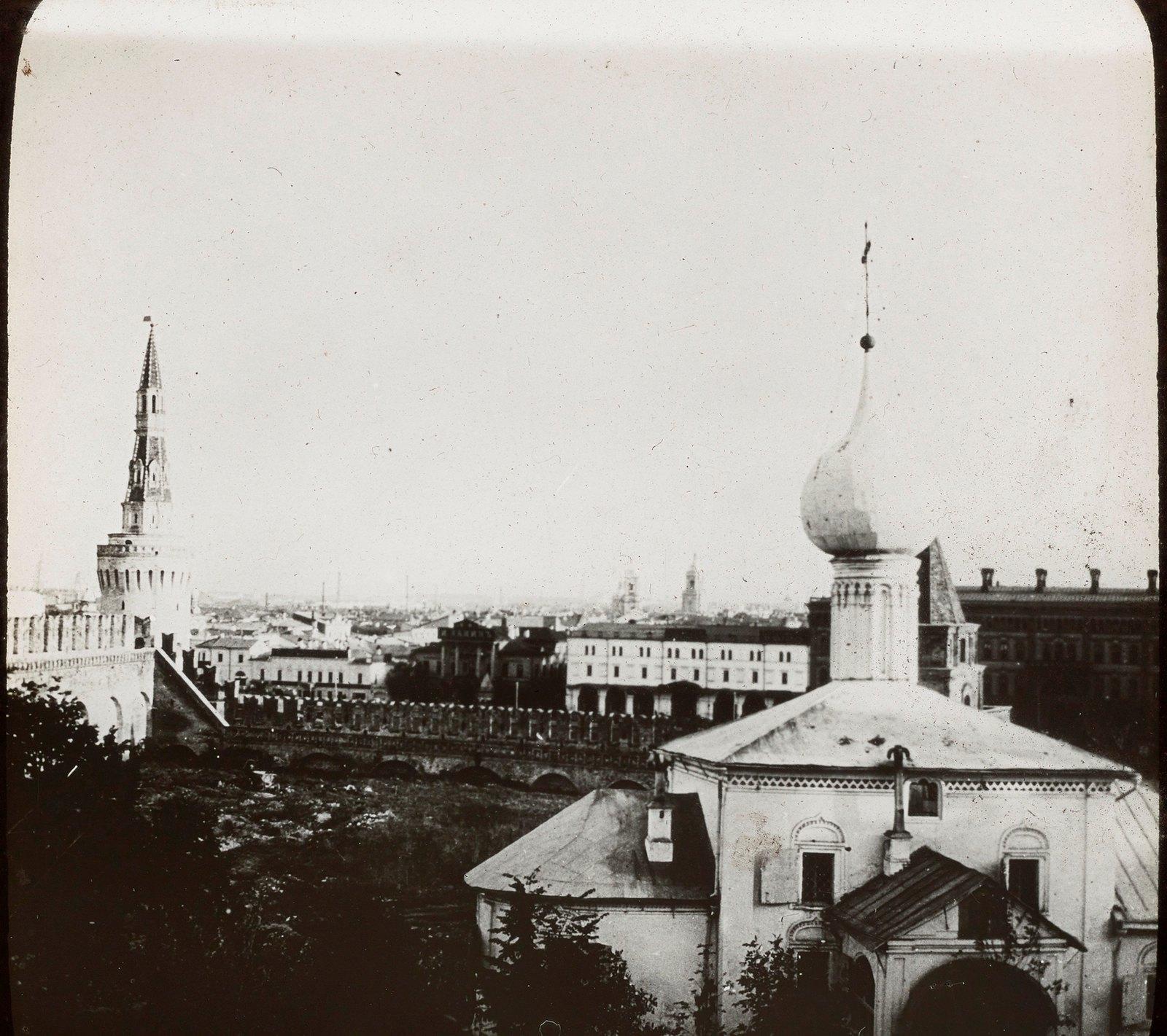 Москва. Юго-восточный угол Кремля