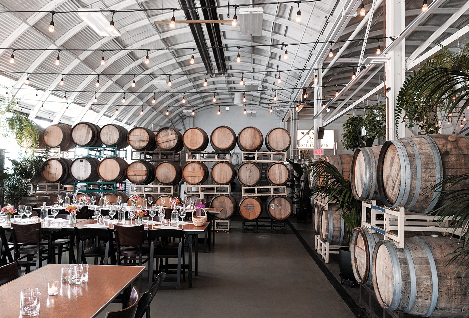 02portland-coopershall-winery-taproom-travel