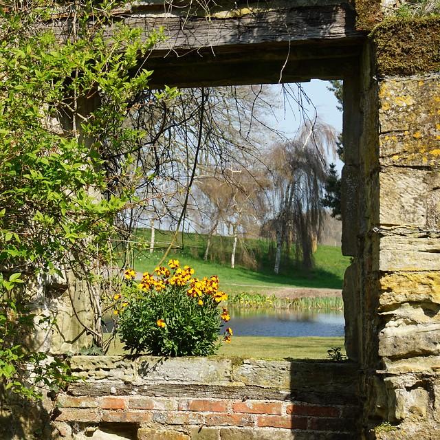 Scotney Castle: an open window - explored