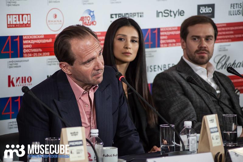 mmkf41_press_konferentsya_filma_nuriev_beliy_voron-13