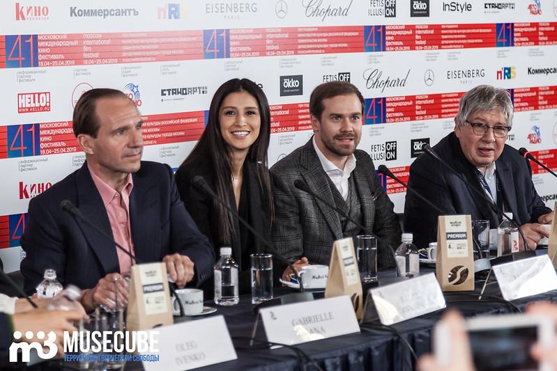 mmkf41_press_konferentsya_filma_nuriev_beliy_voron-4